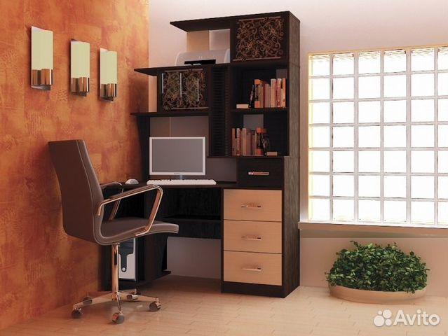 Компьютерный стол  с рук