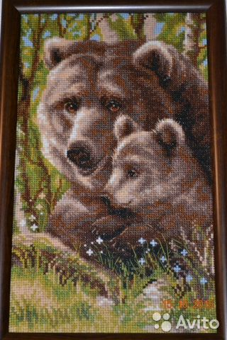 Медведица и медвежонок вышивка