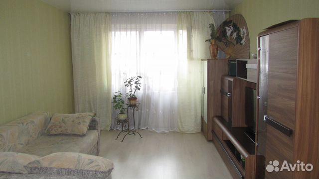 Продается трехкомнатная квартира за 2 890 000 рублей. 9 Января ул 300.