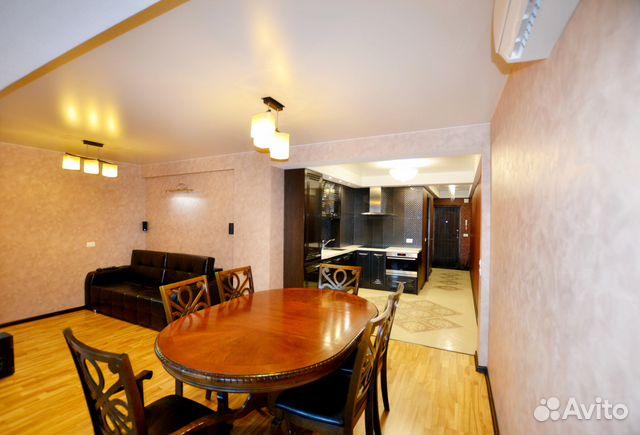 Продается двухкомнатная квартира за 3 800 000 рублей. г Киров, Октябрьский пр-кт, д 157.