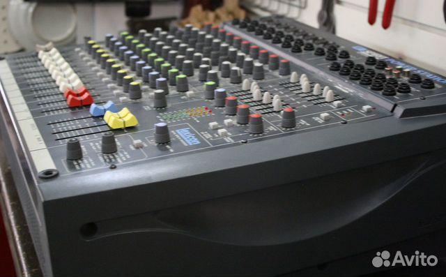 Активный микшерный пульт Soundcraft усилок 600W UK  купить 4