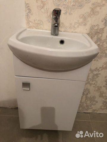 Тумба для ванной с раковиной и смесителем