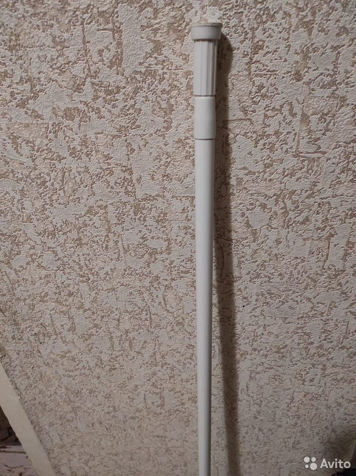 Карниз для шторы в ванной