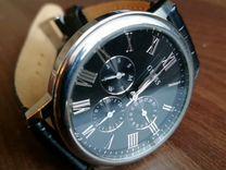 Часы guess кварцевые