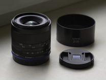 Объектив Carl Zeiss Loxia 35mm F/2